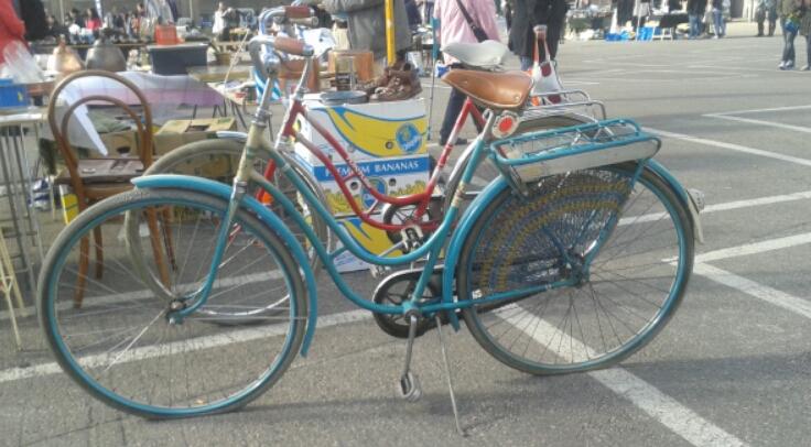 turquoise bicycle