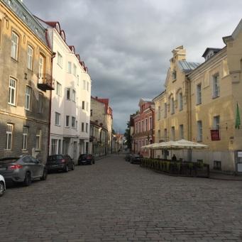 Old_Town_Tallinn_streets_2