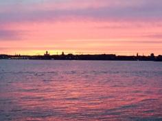 See Helsinki sunset Lonna