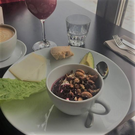 cargo_helsinki_vegetarian_breakfast_plate