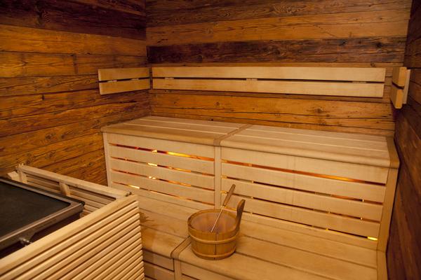 Helsinki_airport_sauna